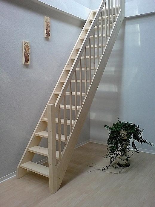 tischlerei treppen und gel nder einl ufige gerade treppe. Black Bedroom Furniture Sets. Home Design Ideas