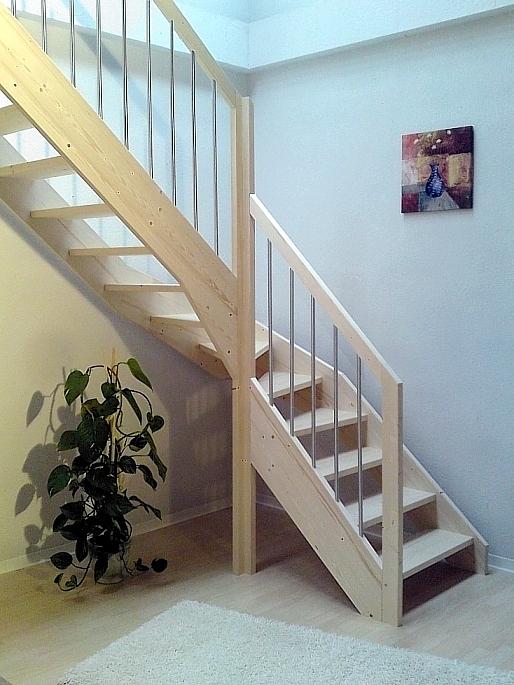 tischlerei treppen und gel nder 1 4 gewendelte treppe mit. Black Bedroom Furniture Sets. Home Design Ideas